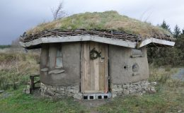 Up-to-date cob building