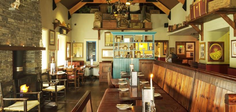 Hotel Doolin bar dining